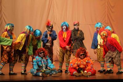 Spectacle peace – a visual theatre performance - Teater Tanah Air